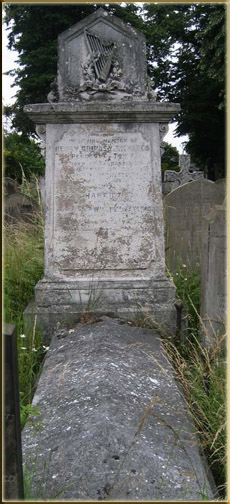 The grave of Brinley Richards