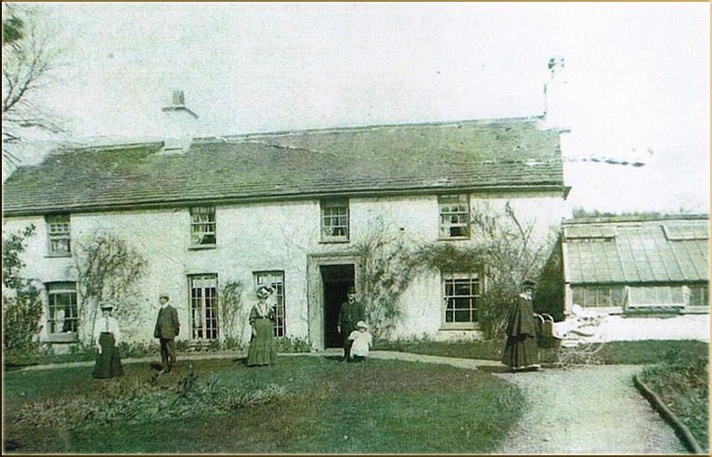 Llwydcoed House