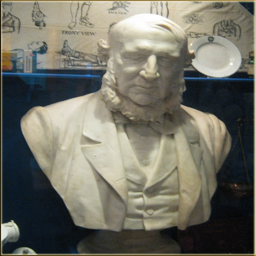 Bust of Rhys Hopkin Rhys (Aberdare Museum)